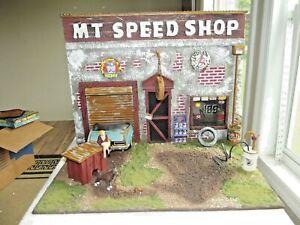 1/18 SCALE Weathered Junkyard Custom M T SPEED SHOP Garage Diorama Base w Dog
