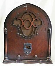 Old Antique 1930s BELMONT Wooden CATHEDRAL Style TUBE RADIO Rola Speaker