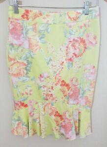 Body by Victoria Secret High Waisted Pencil Skirt SZ 4 Green Floral Bodycon Pink