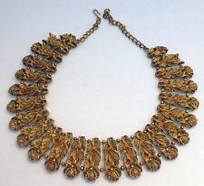Beautiful Vintage B.S.K.Gold Tone Matted Floral Collar Choker Bib Necklace