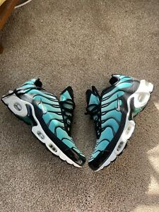 Air Max Plus Emerald TN Size 9.5 Women's ! Great Condition