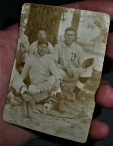 ANTIQUE EARLY 1900S BASEBALL PHOTOGRAPH POSTCARD w/ NAMES OF PLAYERS vafo