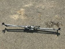 11 12 13 14 15 CHEVY VOLT WINDSHIELD WIPER MOTOR ASSEMBLY WITH LINKAGE 22829372