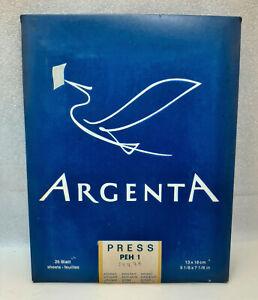 Vintage darkroom photo paper ARGENTA PRESS PEH 1 13x18cm 25 sheets Expired