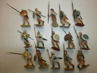 5. Konvolut 15 alte Elastolin Kunststoff Figuren Karthager Griechen Troja zu 4cm