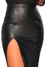 Ropa de mujer sin marca color principal negro de piel sintética