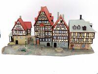 Marktplatz Miltenberg mit Figuren BELEUCHTET Spur N D0474