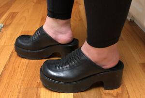 VTG 90s Steve Madden Black Leather Platform Mules Heels Size 8