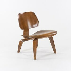 C. 1947 Early Eames Evans Herman Miller Original Walnut LCW Lounge Chair Wood