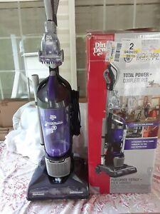 DIRT DEVIL PRO PET UPRIGHT VACUUM CLEANER W/BOX