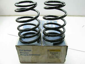 Moog CC882 FRONT Coil Springs