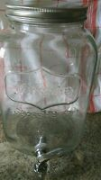 Circleware Yorkshire Glass Beverage Drink Dispenser Metal Lid 2 Gallon Capacity