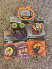 224 SWEET CREATIONS HALLOWEEN  Themed CUPCAKE Liners  And Pumpkin Cookie Cutter