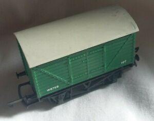Vintage Triang OO Gauge R11 10T Goods Van Wagon RN W8755, Dark Green