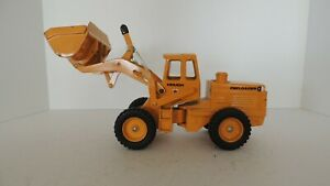 Ertl 1/24 International Harvester IH Hough Front End Loader
