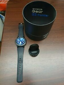 Samsung Gear S3 SM-R760 SmartWatch - Frontier Space Gray / Black