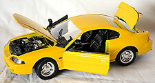 Ford Mustang IV GT Coupe 1994-98 gelb yellow 1:18 Jouef Evolution