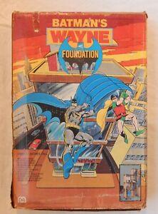 RARE 1977 Original vintage MEGO DC comics BATMAN WAYNE FOUNDATION Playset w/ Box