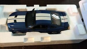 2007 BLUE WHITE RACING STRIPS FORD MUSTANG SHELBY GT 500 FRANKLIN MINT B11E421