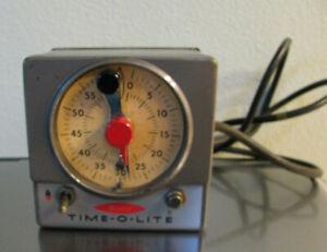 VINTAGE MASTER M-59 TIME-O-LITE DARKROOM TIMER - WORKS