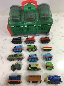Thomas the Train Take-n-Play Knapford Station Folding Play Set 2009 Mattel Lot