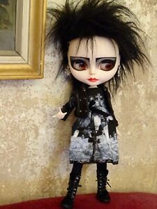 """Neo Blythe Puppe doll ooak custom repaint """"Siouxsie Smith"""" Gothic- Style"""