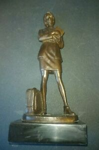 POST MID-CENTURY BRONZE OF A STUDENT GIRL, SIGNED NOEE', 30CMS.TALL, MARBLE BASE
