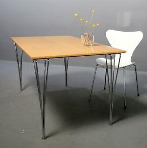 Fritz Hansen B437, Schreibtisch 140x80 cm Arne Jacobsen Piet Hein Homeoffice