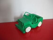 (1.3.15.4) Jeep verte Jouet de bazar en plastique 14cm
