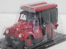 PMG 20 (GAZ 69) Feuerwehr-- rot-- 1/43--IXO/IST/Kultowe Auta PRL--NEU--OVP
