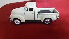Welly DieCast Modelcar 1/36 Chevrolet Chevy Pick Up 1953 white new