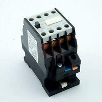 3TH8022 35mm DIN Rail Mount 3 Pole 2NO 2NC AC 110V Contactor Ui660V