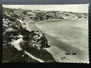 Devon BRIXHAM St. Mary's Bay Showing CAFE & TEA SHACK c1950s RP Postcard