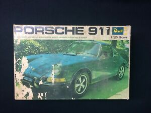 Revell Porsche 911 1:24 Plastic Kit - #H-1215 - partially built but all intact