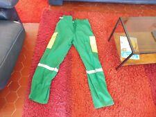 pantalon de travail - jardinage  ou autre - taille 50 - vert