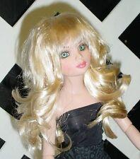 "DOLL Wig, Monique Gold ""Shaine"" Size 6/7 in Champagne"