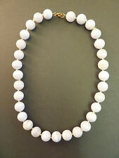 GREY BANDED AGATE BEAD NECKLACE, 18ct GOLD CLASP