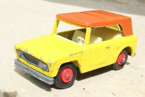MATCHBOX 18e FIELD CAR good condition 1960s