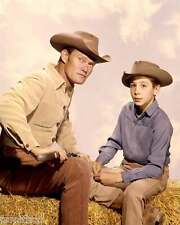 Chuck Connors The Rifleman Johnny Crawford 8x10 Photo 003