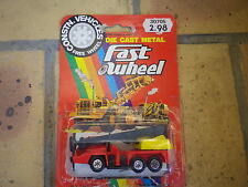 YATMING Fast wheel vintage camion grue rouge échelle 1/100 comme neuf en blister