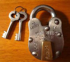 DAVY JONES LOCKER Metal Stockade Pirate Treasure Chest Lock & Skeleton Key Decor