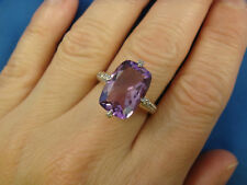 GENUINE AMETHYST AND DIAMONDS LADIES RING IN 14K YELLOW GOLD SETTING, 3.8 GRAMS
