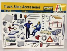 +++ Italeri 1:24 LKW Zubehörteile/Truck Shop Accessories 764