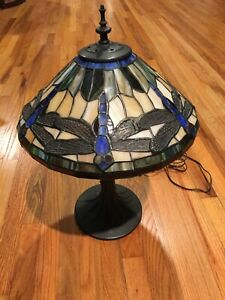 VINTAGE DALE TIFFANY LAMP DRAGONFLY SHADE