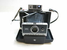 POLAROID 250 AUTOMATIC LAND CAMERA WITH MANUAL / FIRES GOOD