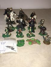 Lord Of The Rings Lot 32 Action Figures Horses Weapons Stands Play Along Nlp