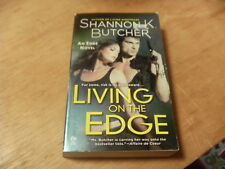 Living on the Edge by Shannon K. Butcher (2011, Paperback)   r
