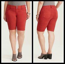 NWT Torrid Plus Size 22W Torrid Jegging Bermuda Shorts Red Wash (59-9)