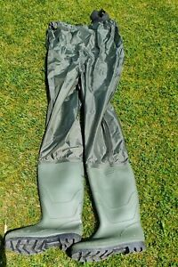 Waterproof Green Nylon Chest Waders Size 9
