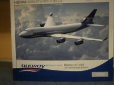 Herpa Wings 1:200 Boeing 747-400F Silk Way Azerbaijan Cargo 554497